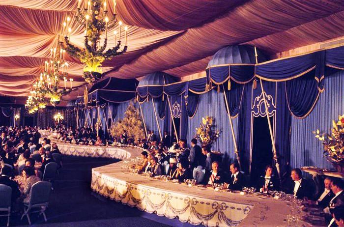 صورة من داخل احتفال القرن الأسطوري لشاه إيران