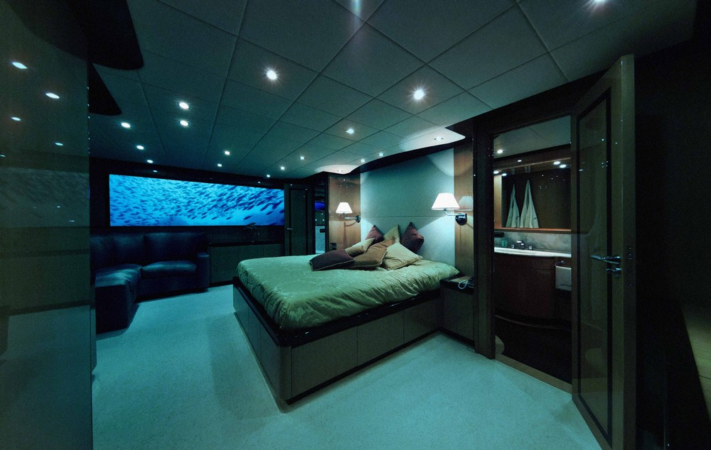 A Billion-Dollar Underwater Hotel - Lover's Deep Submarine | Privacy for the Guests
