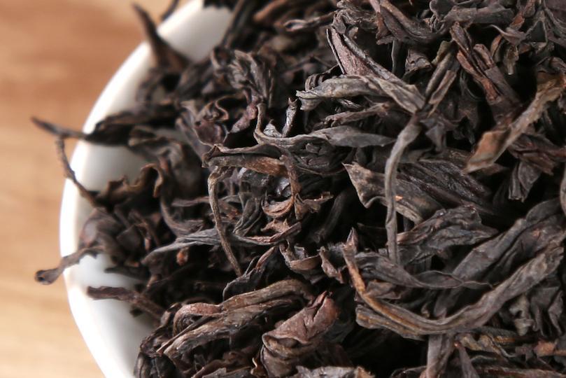 شجيرات دا هونج باو المستنسَخة عن أفضل أنواع الشاي في العالم والأغلى ثمناً.