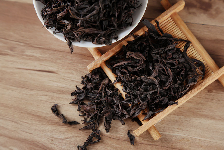"What is Da Hong Pao ""Big Red Robe"" Tea?"