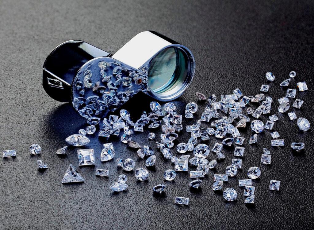 صور الماس: كم يبلغ ثمن قيراطٍ واحدٍ من ماس VVS؟