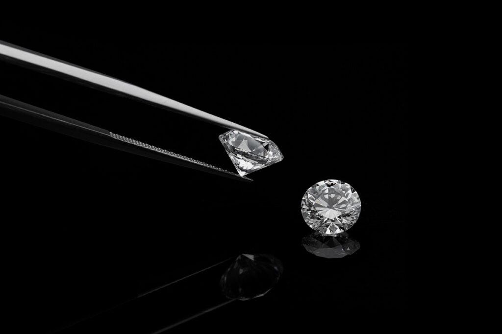صور الماس: ما هو ماس VVS؟ درجة نقاء الماس