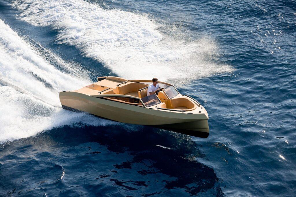 Khalila palmer johnson yacht