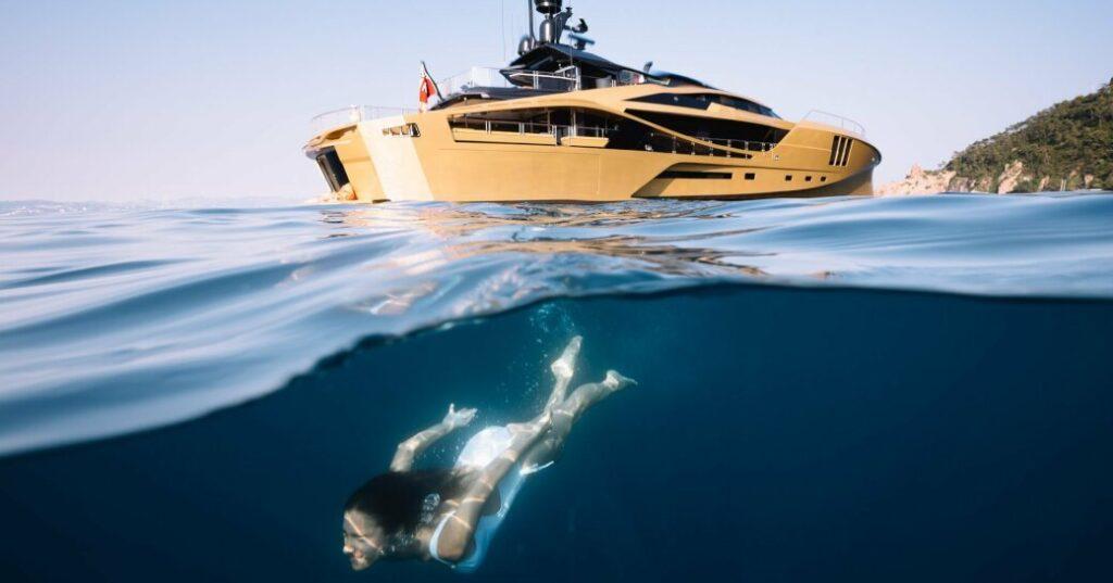 Khalila palmer johnson yacht diving