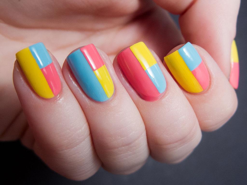 Nail Design - Holiday-Themed Block Designs - Color-blocking Nail Design