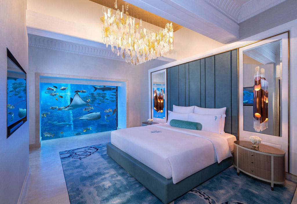 Top Ten Underwater Hotels - Underwater Suite: Atlantis the Palm