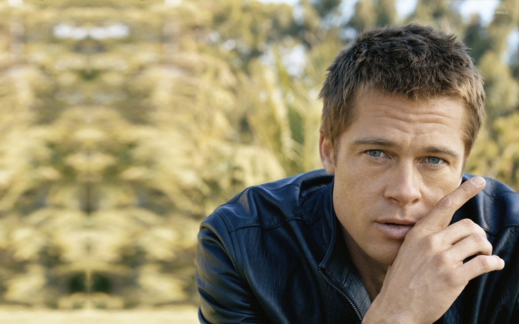 Celebrities With Leather Jackets - Brad Pitt